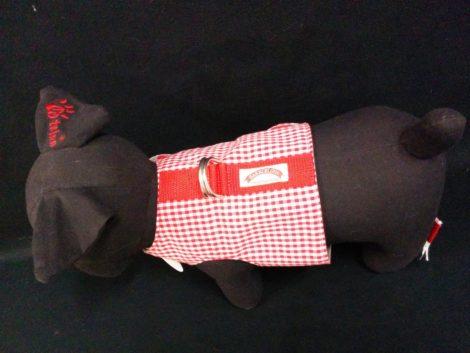 Arnés tipo chaleco para perro o gato en cuadro vichy rojo de la firma Barkcelona