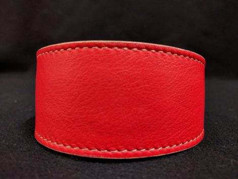 Collar de piel roja para galgo, podenco, whippet y piccolo